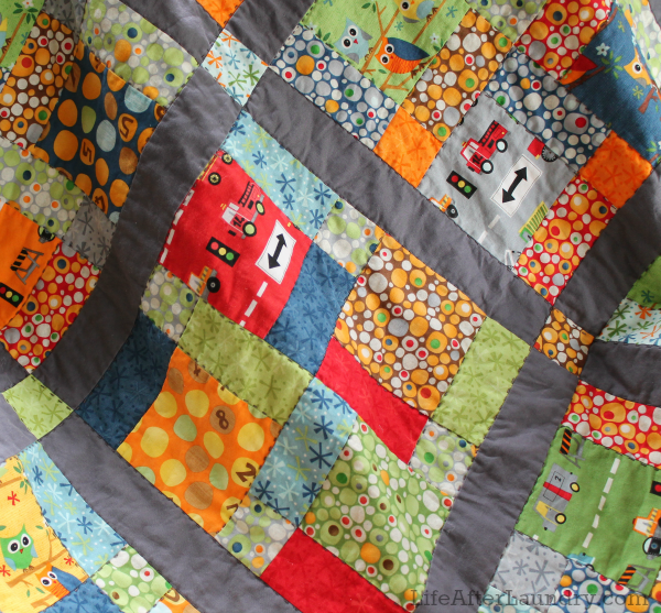 disappearing nine patch quilt close up