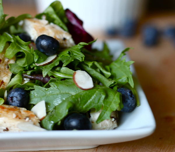 Grilled-Chicken-and-Blueberry-Salad1